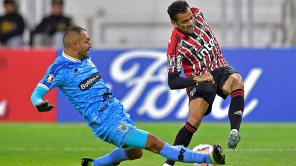 Dani Alves jugó ante Binacional en Juliaca por la Copa Libertadores