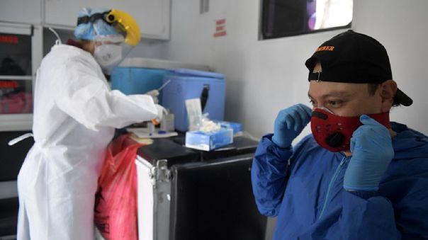 En Estados Unidos las autoridades sanitarias indicaron el lunes que las pruebas ya no son necesarias para las personas asintomáticas.