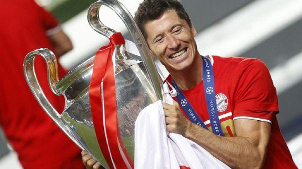 Robert Lewandowski ganó el triplete de la temporada con Bayern Munich