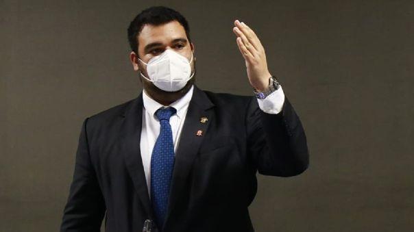 Guillermo Aliaga presentó su renuncia a la subcomisión de acusaciones constitucionales