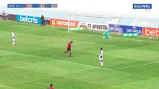 Se quedó Rodríguez y Butrón fue vencido: el gol de cabeza de Othoniel Arce con Melgar