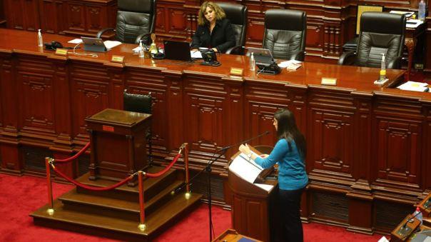 María Antonieta Alva fue interpelada por el Congreso.
