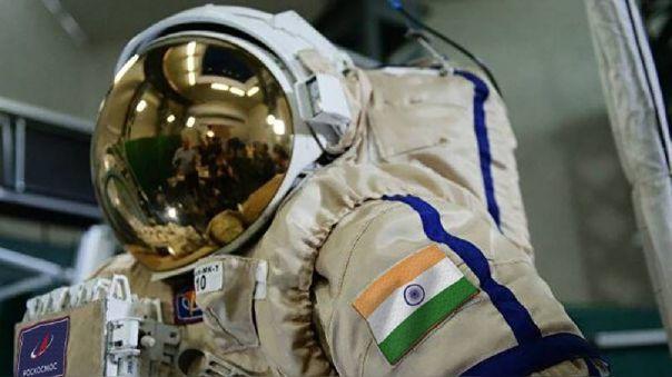 Traje espacial para cosmonauta indio