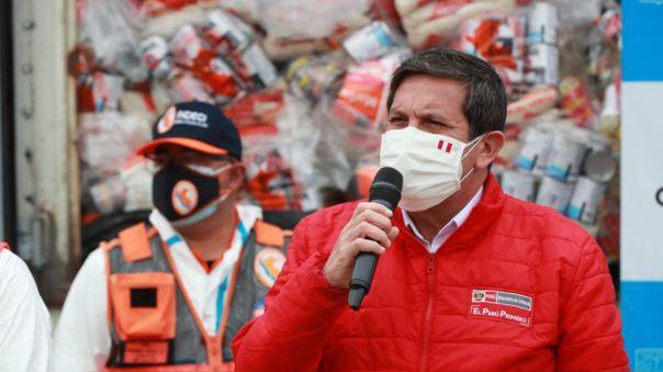 El ministro de Defensa confirmó la salida del ministro del Interior, Jorge Montoya.