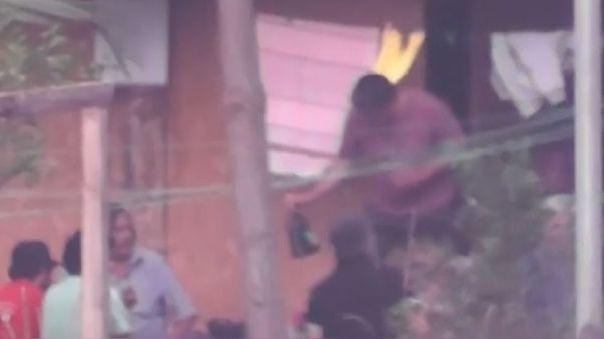 El congresista fue captado realizando una reunión en su casa durante la cuarentena obligatoria el pasado mayo en Oxapampa.