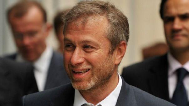 Investigación de la BBC descubre vínculo entre Roman Abramovich con André Carrillo