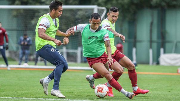 Yoshimar Yotún regresó a los entrenamientos con Cruz Azul