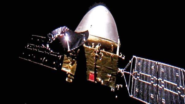Imagen de la nave Tianwen 1 camino de Marte