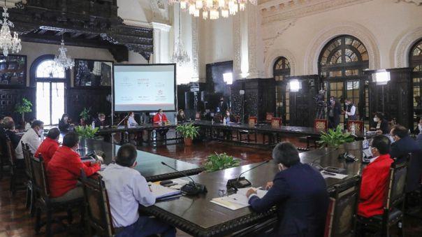 Ejecutivo participó en la VI Sesión del Comité de Alto Nivel por un Perú Digital, Innovador y Competitivo.