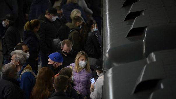 Rusia sufre estas últimas semanas el recrudecimiento de la epidemia de coronavirus, con 17 717 casos nuevos de coronavirus el jueves