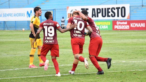 Universitario de Deportes 2-2 Cantolao