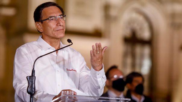 Fernando Ugaz acudió este martes a la Fiscalía para presentar informacion en cuanto a la investigacion que se le sigue a Martín Vizcarra.