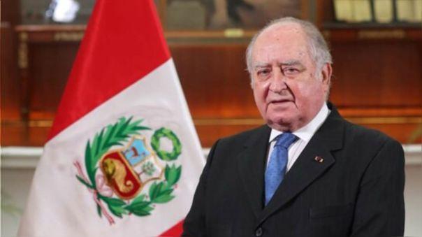 El presidente del Consejo de Ministros lamentó el fallecimiento de dos peruanos (hasta el momento) en las protestas de este sábado.