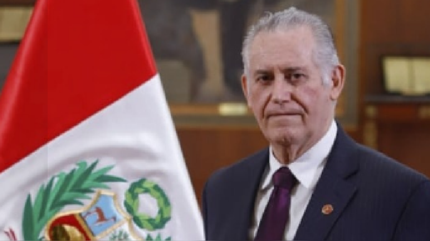 Carlos Herrera Descalzi renuncia al Ministerio de Energía y Minas