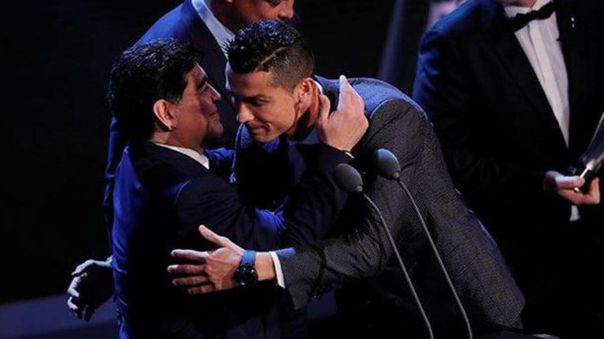 Cristiano Ronaldo lamentó la muerte de Diego Maradona