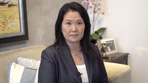 Keiko acudió esta mañana a Palacio de Gobierno para reunirse con el presidente y conversar sobre el voto de confianza al gabinete mininsterial.