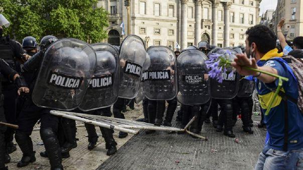 Hasta el momento hay dos detenidos tras lo disturbios.