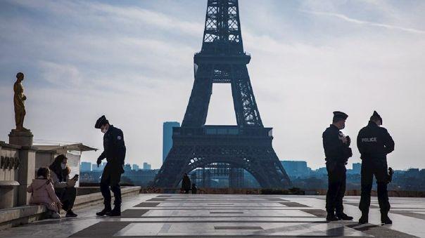 Cifras COVID-19 siguen en aumento en Francia.