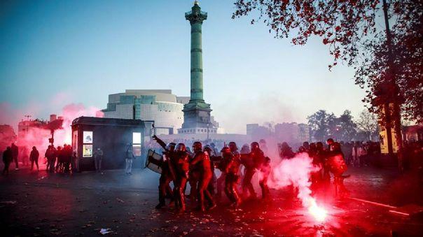 La protesta concentró la indignación ciudadana después de recientes casos de actuaciones policiales violentas.