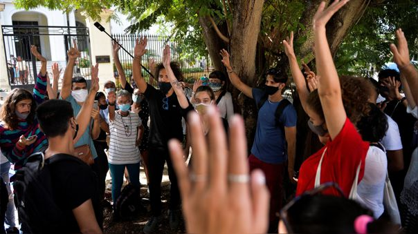 CUBA-POLITICS-CULTURE-PROTEST