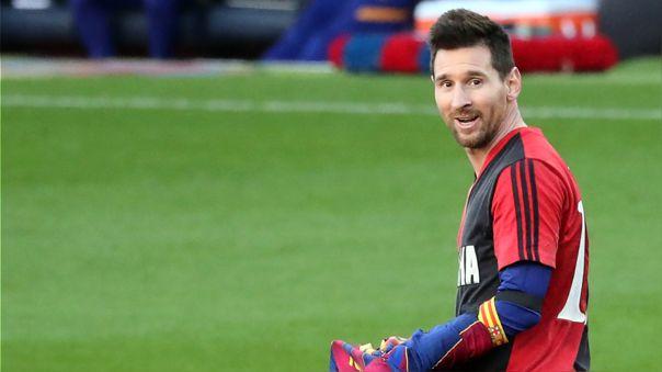 Halagó a Maradona y destruyó a Messi: