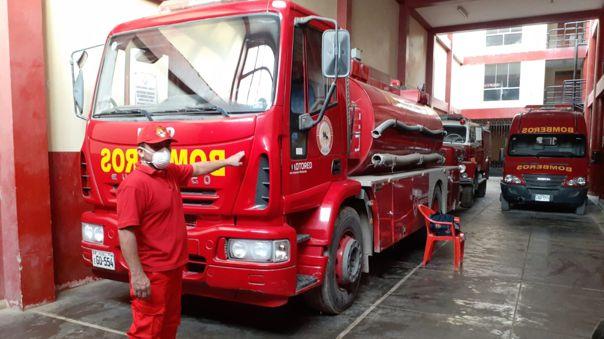 Solo tres bomberos atenderán emergencias de navidad y fin de año en el distrito de José Leonardo Ortiz.