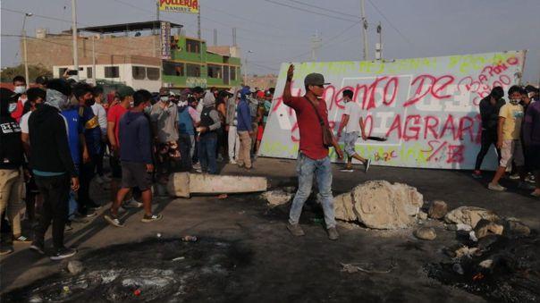 Alcaldesa de Ica, Enma Mejía, dijo que ya no hay alimento en los mercados y la situación se ha desbordado.