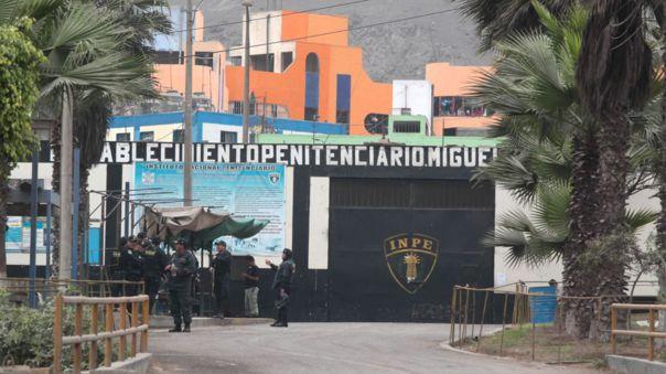 PNP halla excavación cerca al penal Castro Castro