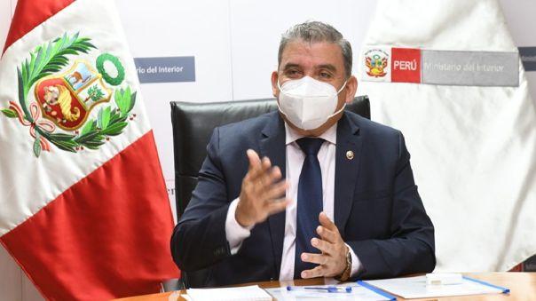 Entrevista en RPP Noticias a Cluber Aliaga, exministro del Interior.