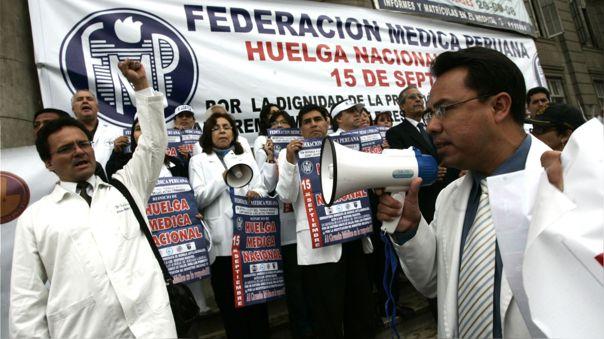 Los médicos reclaman aumento de presupuesto para el sector.