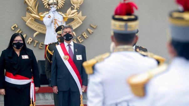 Sagasti encabezó la ceremonia por el 196.º aniversario de la Batalla de Ayacucho y Día del Ejército.