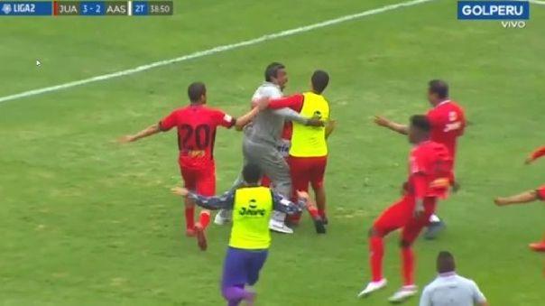 Gol Perú
