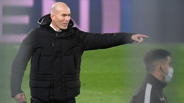 Real Madrid derrotó 2-0 a Granada por la fecha 14 de LaLiga
