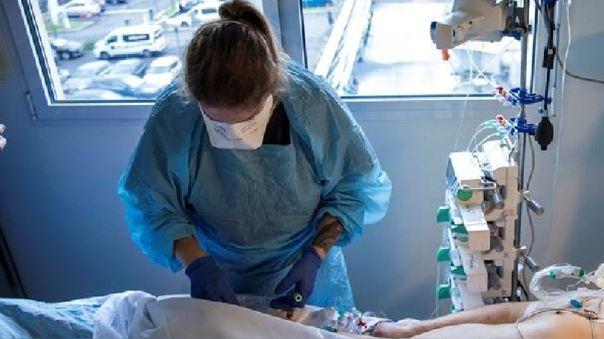 Francia comunica 3.466 nuevos contagios de coronavirus en un día