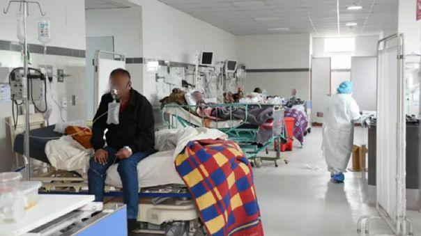 Hospitales de Cusco tienen camas UCI pero no tiene personal de salud.