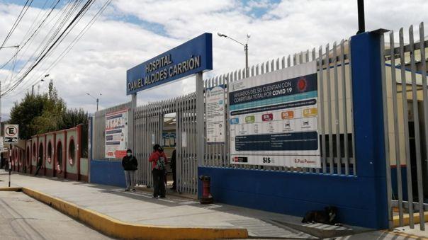 Crece la demanda de pacientes que necesitan camas UCI en Huancayo.