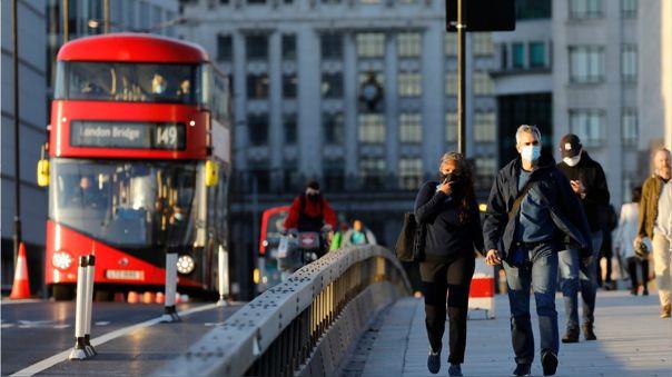 Hospitales al borde de la saturación en Londres