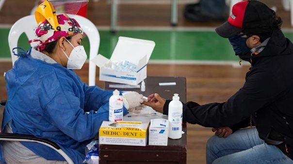 Otros 1 201 casos de COVID-19 en Ecuador