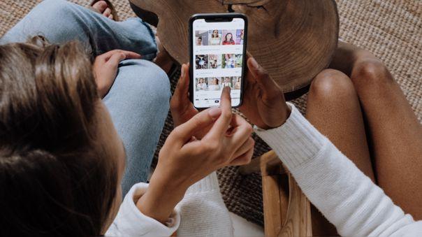 TikTok restringirá al acceso a las cuentas de los menores de edad por parte de desconocidos.
