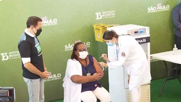 Brasil inicia campaña de vacunación