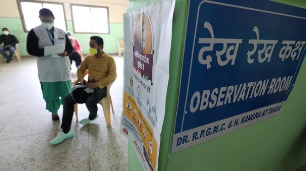 El número de casos diarios en la India también está en continuo descenso, con 13 788 infecciones en la última jornada.
