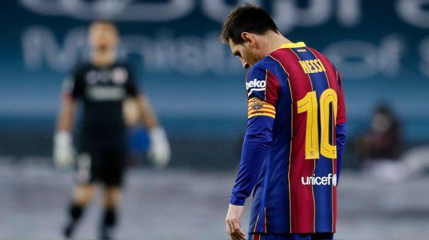 Lionel Messi recibió ante Athletic la primera roja de su carrera con Barcelona