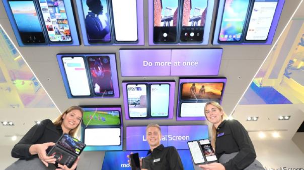 Las pantallas duales se volvieron una característica que diferenciaba a los celulares LG.