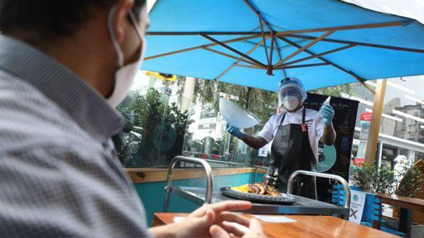 restaurantes-y-establecimientos-culturales-podran-hacer-uso-de-espacios-publicos