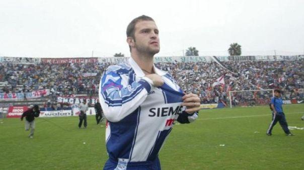 Jugó en Alianza Lima: exdefensor estuvo preso 30 días y hoy pide trabajo en Twitter