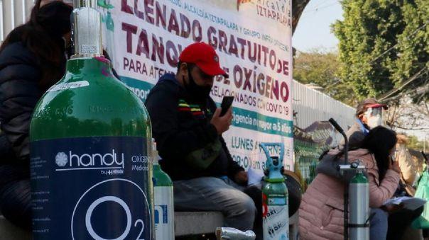 México lanzó una campaña para incentivar a quienes alquilaron tanques de oxígeno a devolverlos