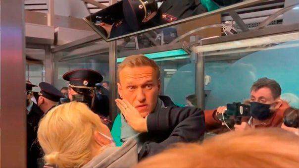 El opositor ruso Alexéi Navalny sigue detenido en Moscú