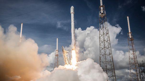 SpaceX aun no responde a una denuncia por discriminación