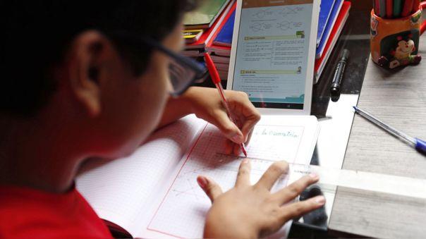 Paraguay alista el regreso a clases