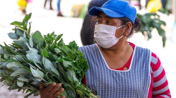 Según el INEI, el 68 % de la población se encuentra en el sector informal y durante la cuarentena se han perdido 1 millón de empleos solo en Lima Metropolitana.